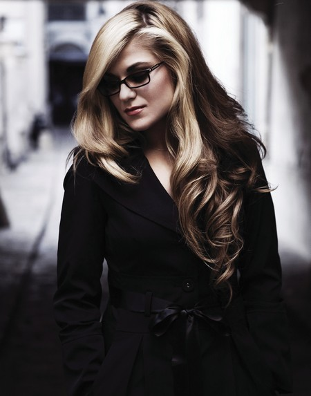 MelodyGardot-04-big