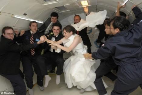 weightless-wedding1-468x313